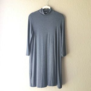 Everly mock neck inverted pleat gray dress small